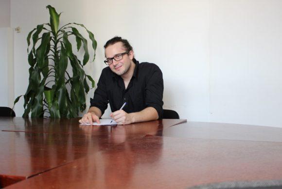 Adi Tanović, bachelor ekonomije