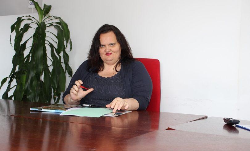 Alma Anić, profesor engleskog jezika i književnosti