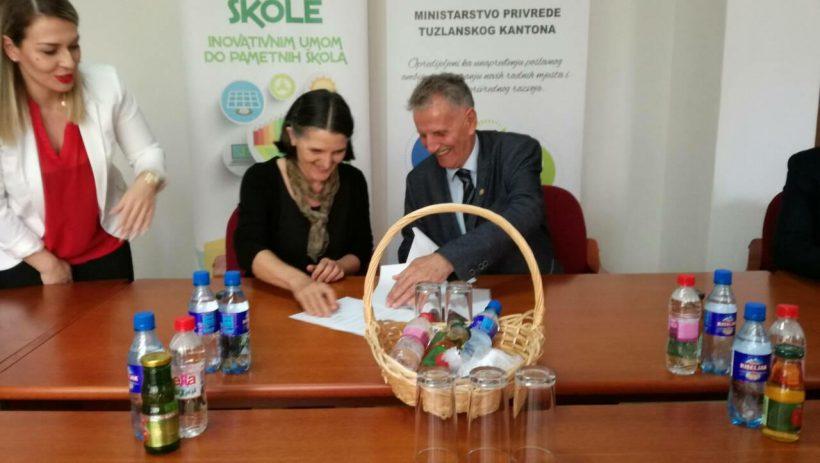 Potpisan ugovor o pozajmici u vrijednosti 300 000KM